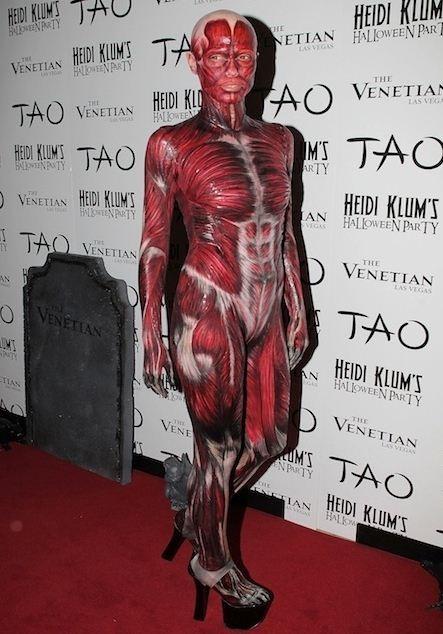 Heidi Klum dead body costume in 2011