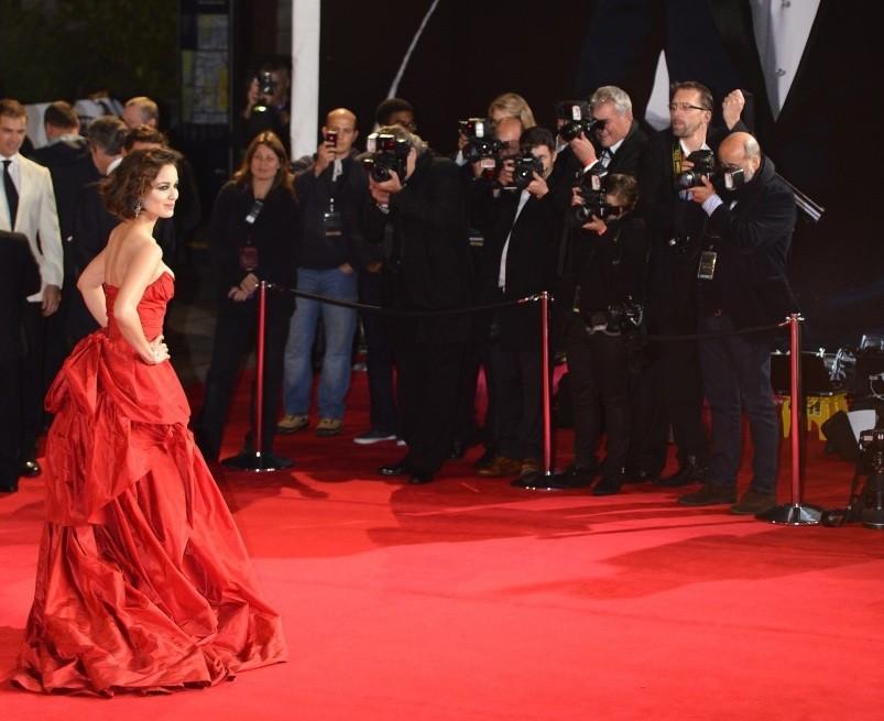 Bond Skyfall premiere red carpet