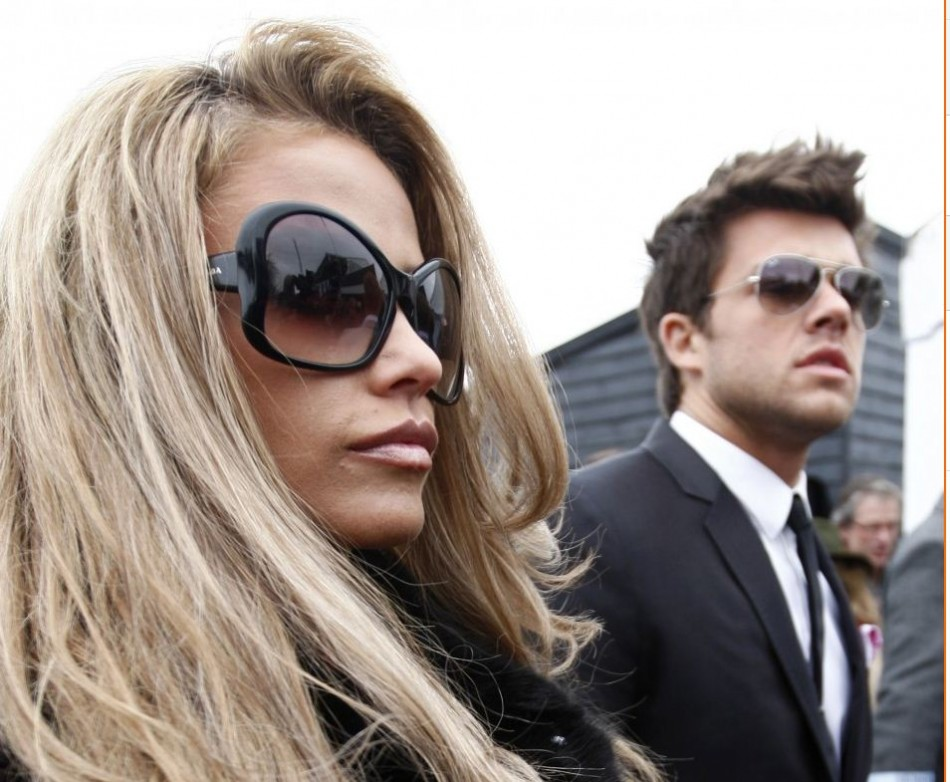 Katie Price Single Again after Split with Fiancé Leandro Penna