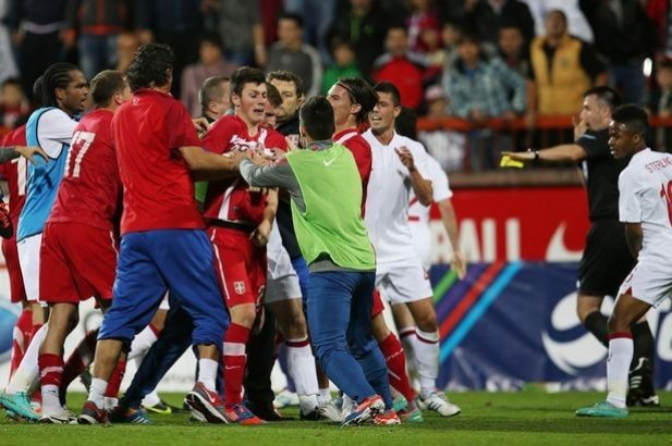 England and Serbian players