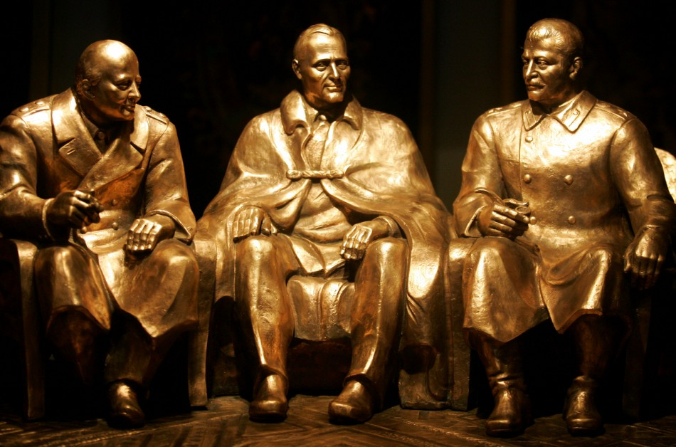Sculpture of iconic snap from Yalta of (l-r) Churchill, Roosevelt and Stalin