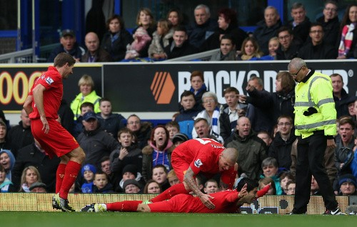 Luis Suarez goal celebration v Everton
