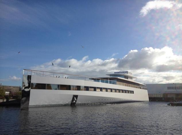 Jobs's yacht