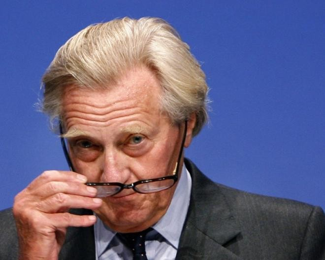 Tory peer Michael Heseltine: I strangled my mother's dog
