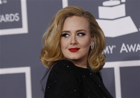 Adele takes son on stroll