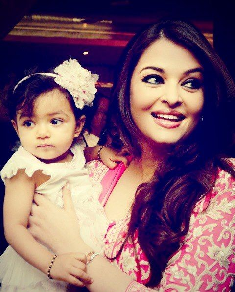 Aishwarya Rai Bachchan with baby Aaradhya (Photo: AishwaryaAishRaiBachchanOfficial/Facebook)