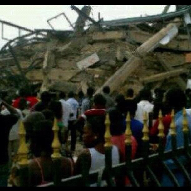 Images of the collapsed building have been uploaded to Twitter