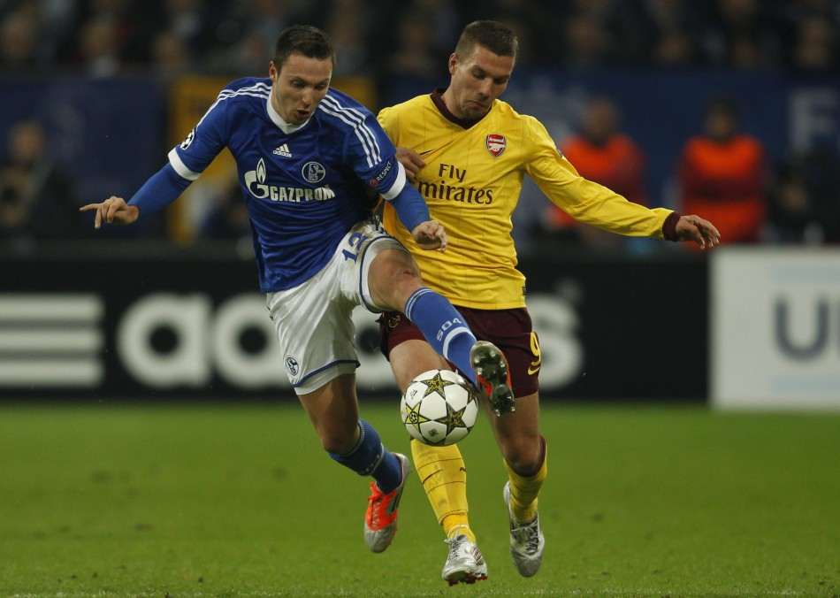 Lukas Podolski (R)