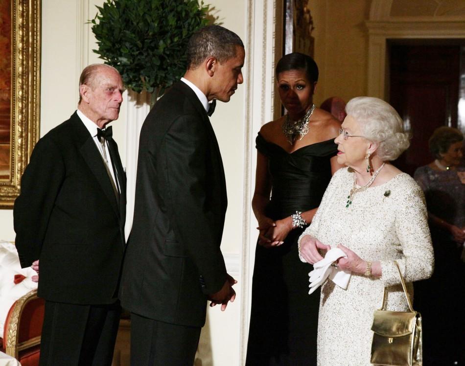 Obama meets Queen Elizabeth