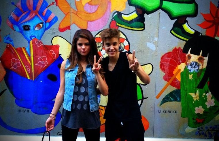 Selena Gomez Broken up with Justin Bieber?