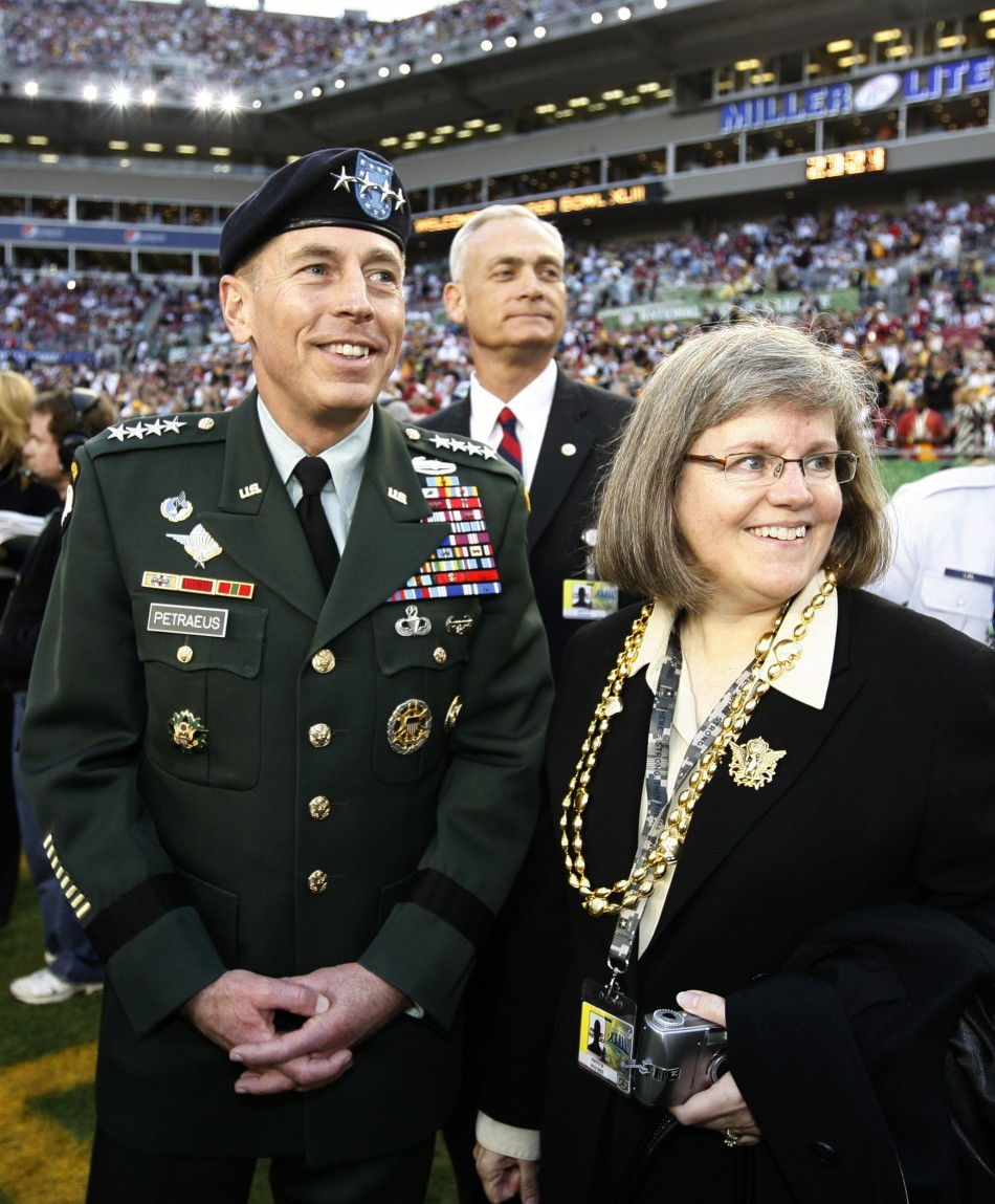 Petraeus and wife Holly