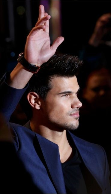 Actor Taylor Lautner arrives for the European premiere of The Twilight Saga Breaking Dawn Part 2 in London