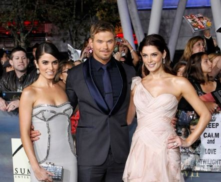 Lutz, Greene and Reed pose at the premiere of The Twilight Saga Breaking Dawn - Part 2 in Los Angeles