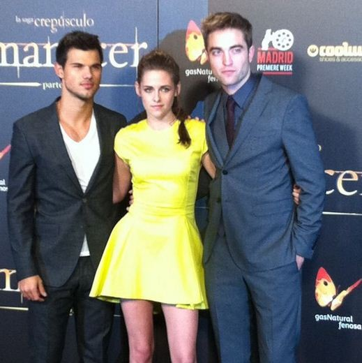 Taylor Lautner, Kristen Stewart and Robert Pattinson at Madrid Twilight premiere