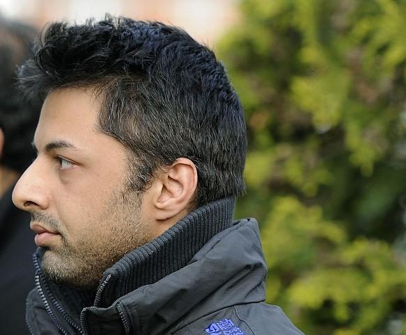 Shrien Dewani denies being involved in his wife's mudrer (Reuters)