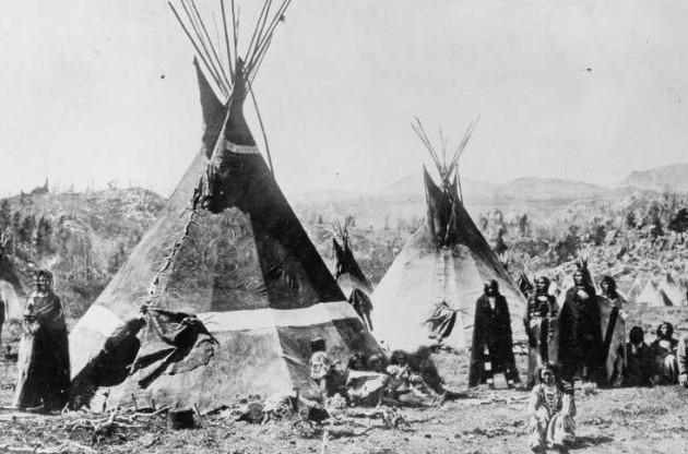 Paiute-Shoshone wigwams
