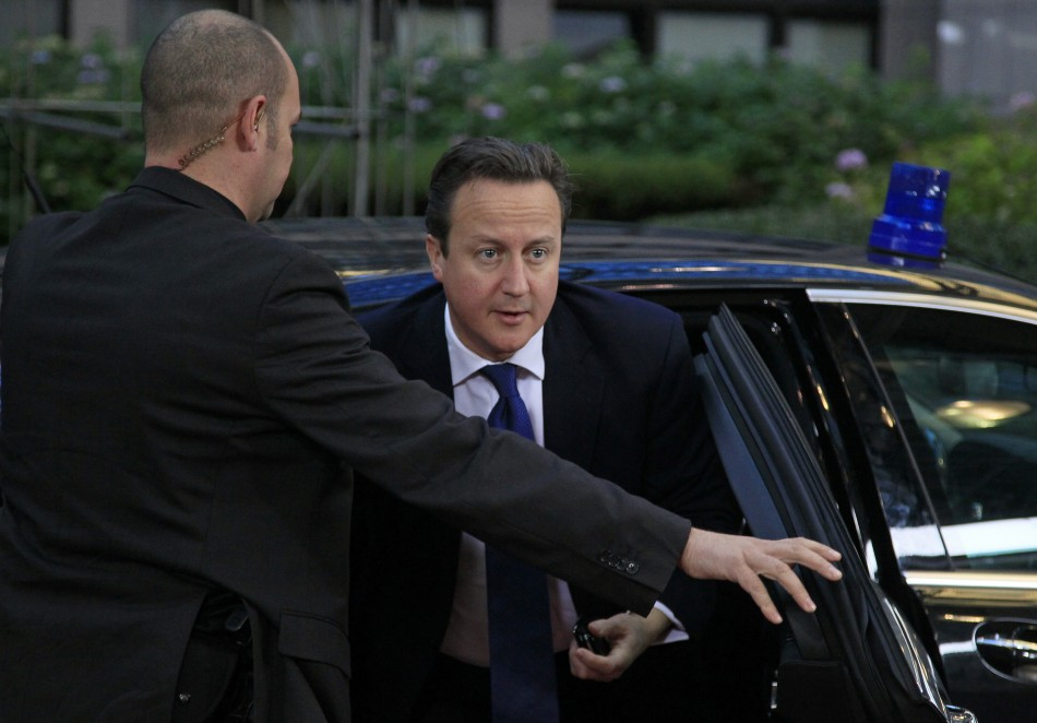 Cameron arrives in Brussels for crunch budget talks