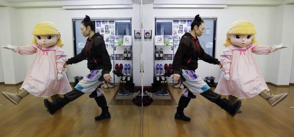 Walk like a puppet in Tokyo