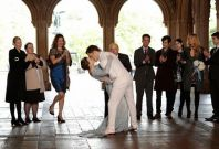 Chuck and Blair Married: Ed Westwick and Leighton Meester Lock Lips on 'Gossip Girl'