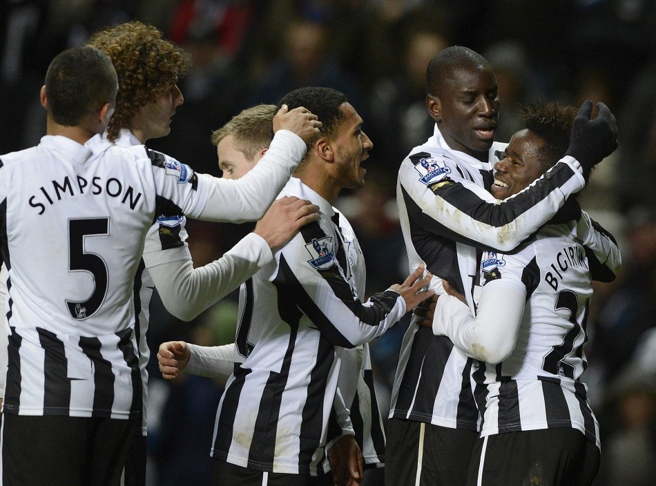 Newcastle United Players Celebrating