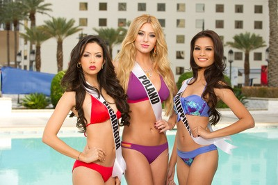 Miss Universe 2012: Contestants Dazzle in Swimsuit