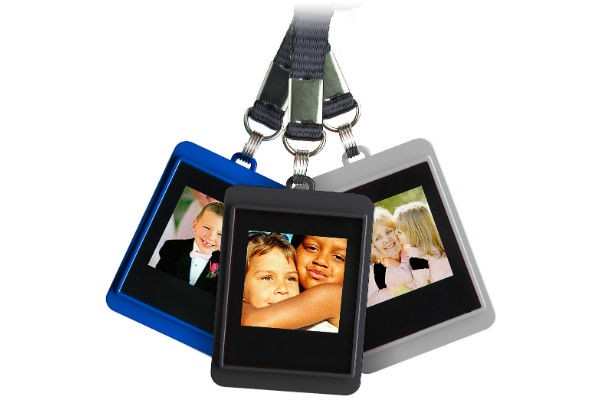 Christmas Gadget Guide: Digital Photo Keychain