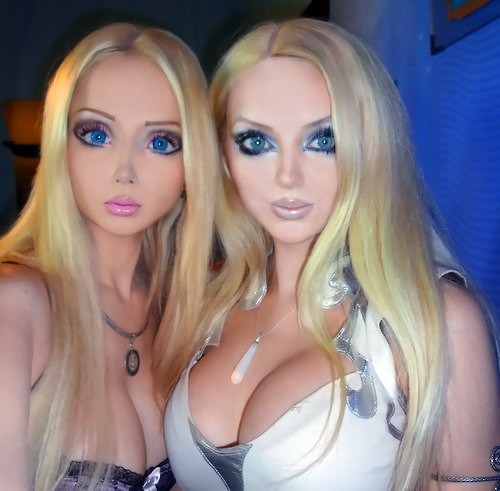 Human Barbie Valeria Lukyanova and Friend Olga Dominica Oleynik