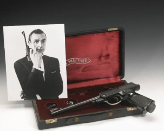 Sean Connery pistol