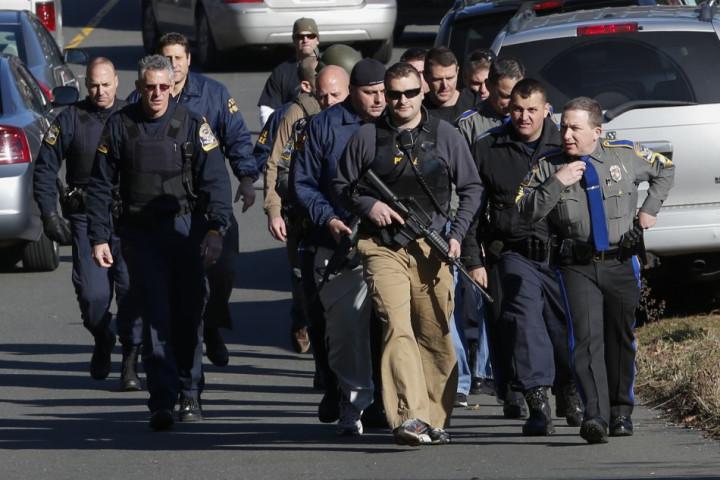 Huge police presence at Sandy Hook Schhol