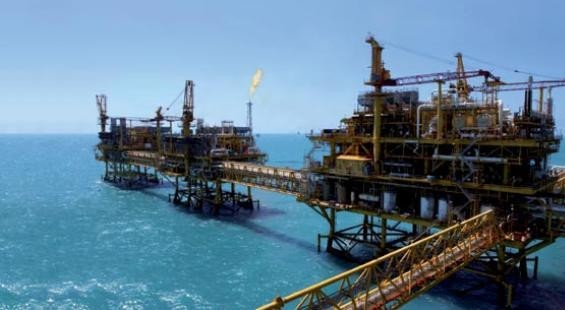Cantarell oil rigs