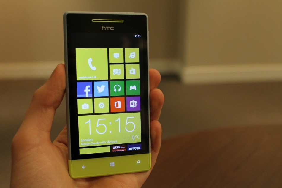 HTC Windows Phone 8S Review