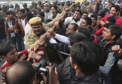 New Delhi gang rape protest picture
