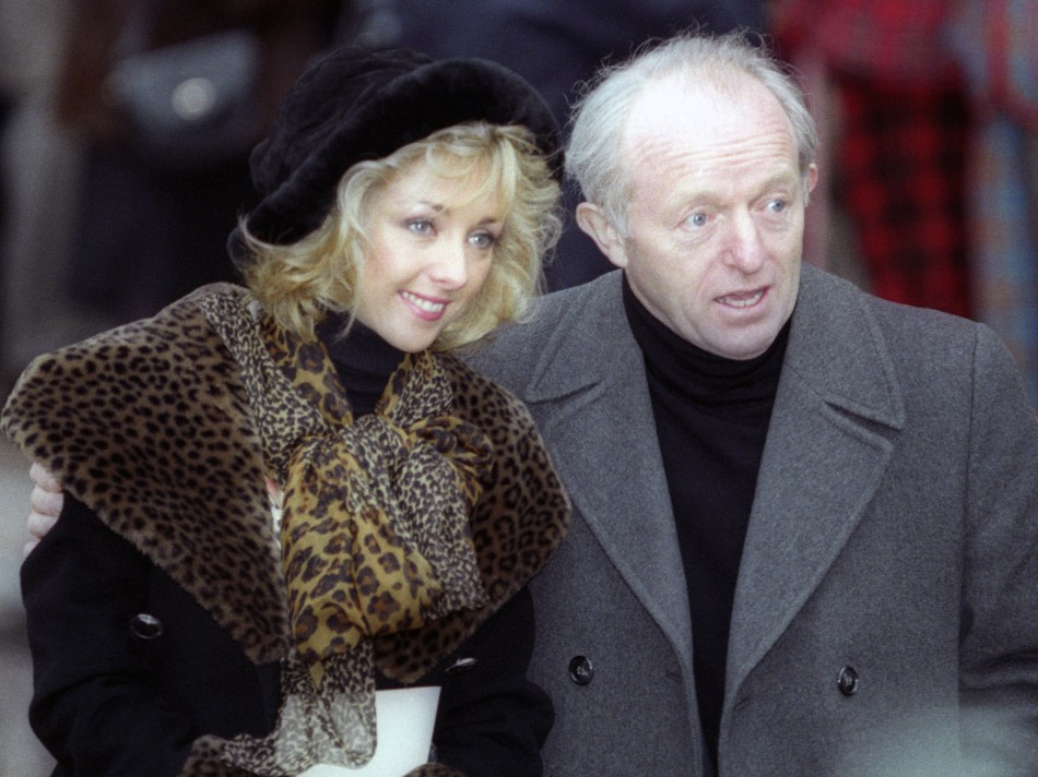 Paul Daniels (R) with his wife Debbie McGee (Reuters)