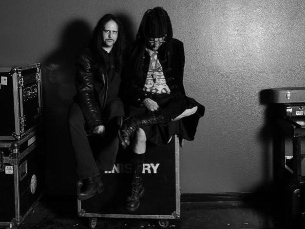 Guitarist Mike Scaccia (L) with Ministry singer Al Jourgensen (Facebook)