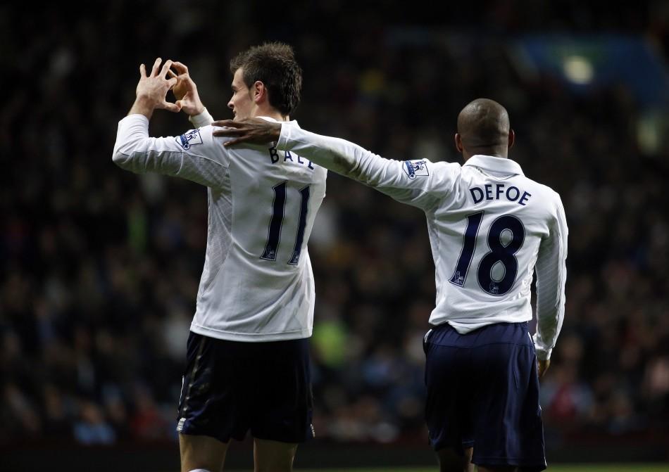 Gareth Bale (L) and Jermain Defoe