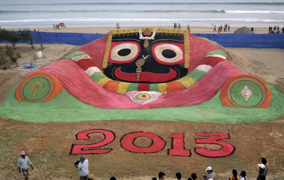 puri new year 2013 sand sculpture