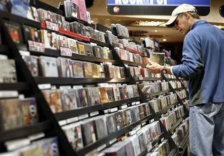 CD sales continue to fall