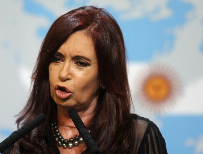 Hand back Falklands, Argentina demands