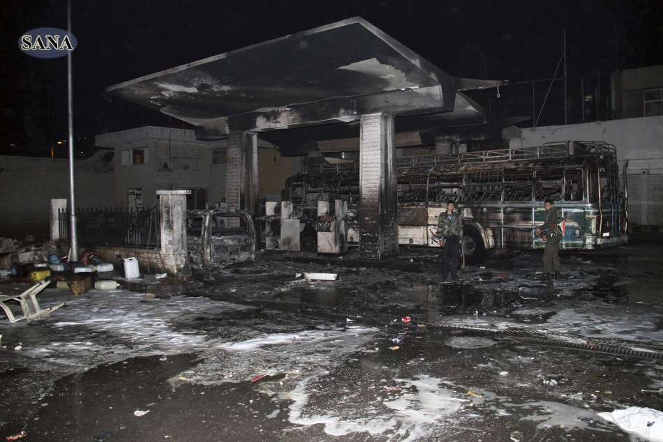 How To Buy A Car Out Of State >> Syria Civil War: Powerful Car Bomb Strikes a Damascus Petrol Station Killing 11 [PHOTOS]