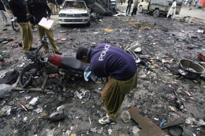Pakistan sectarian bomb blasts