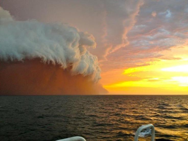 Australia sandstorm