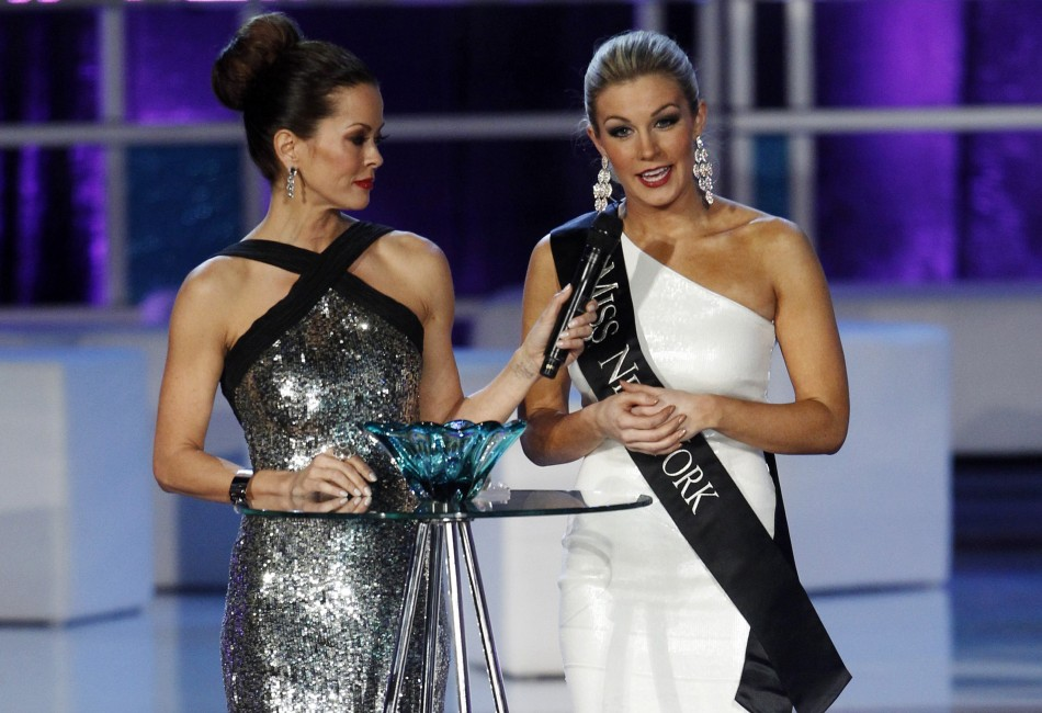 Mallory Hytes Hagan, Miss New York, answers a question about gun control during the Miss America Pageant in Las Vegas