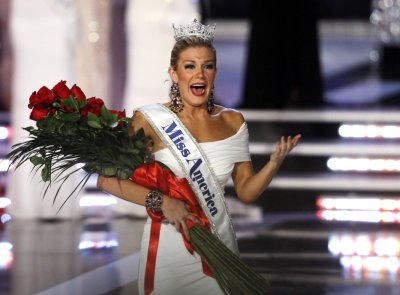 Miss New York Mallory Hytes Hagan reacts after being crowned Miss America 2013 during the Miss America Pageant in Las Vegas