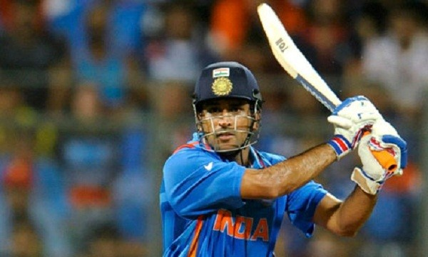 Dhoni was at his absolute best again, helping India to a win over Sri Lanka in the final of the tri-series