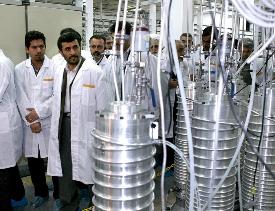 Iranian President Mahmoud Ahmadinejad visits the Natanz nuclear enrichment facility