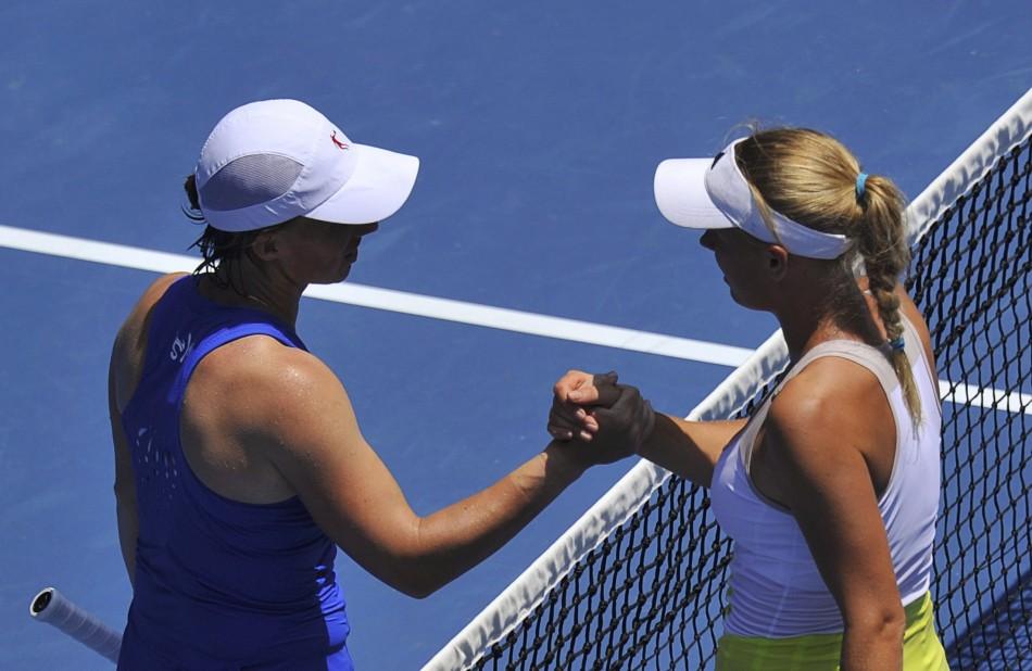 Svetlana Kuznetsova (L) and Caroline Wozniacki