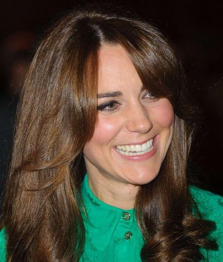Kate Middleton Shops For Jeggings At Gap