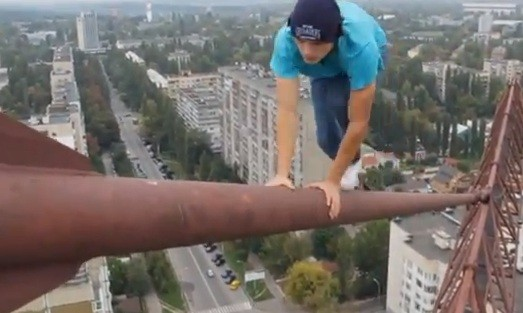 Spiderman Mustang Wanted Dangles From Kiev Crane M Above - Meet craziest man world mustang wanted