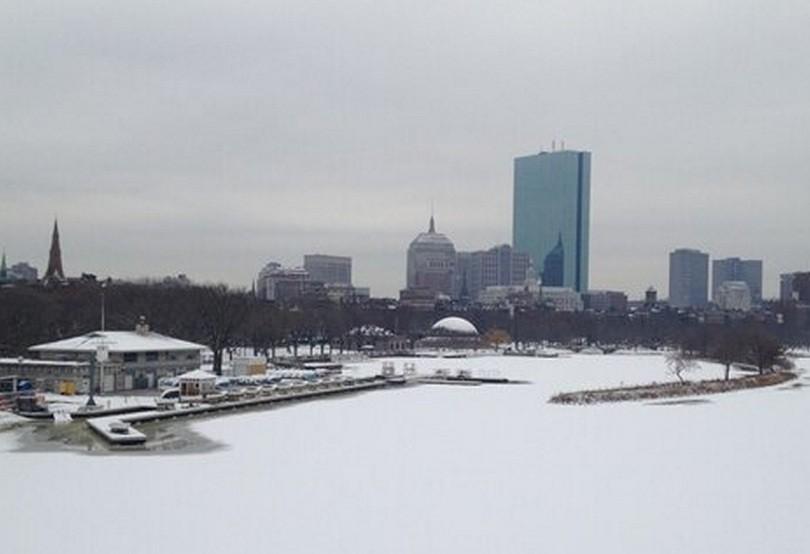 Boston under snow bracing itself for Nemo PIC: @AnishKattukaran
