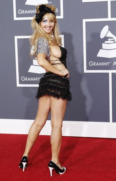 Singer Nadeea arrives on the red carpet at the 52nd annual Grammy Awards in Los Angeles January 31, 2010.